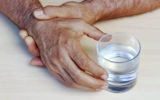 Алкогольный тремор рук: как быстро избавиться