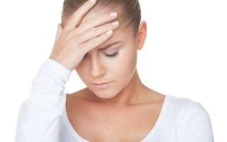 Почему болит голова в лобной части