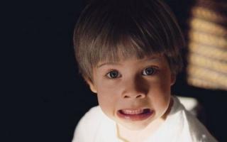 Как лечить нервный тик у ребенка