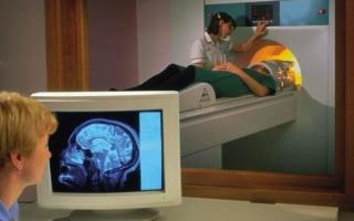 МРТ головного мозга: вредно или нет