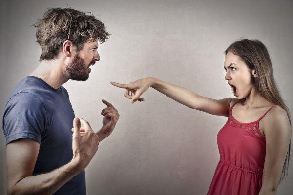 ссора жены с мужем