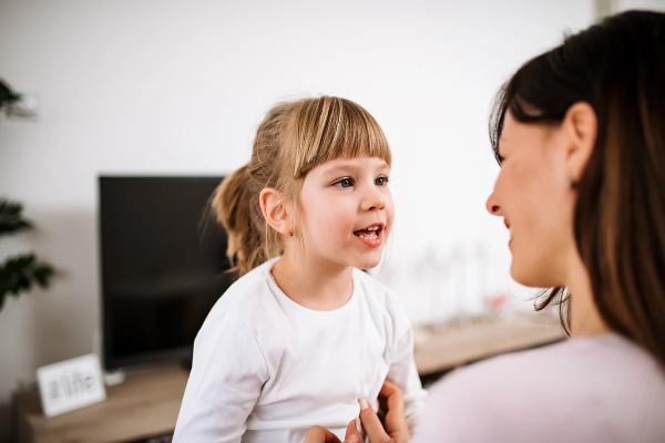 общение дочки с матерью