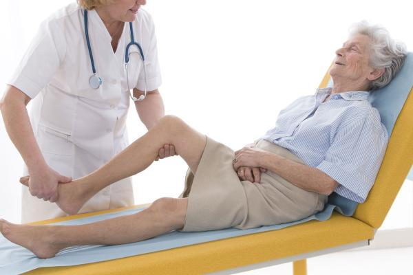массирование ноги